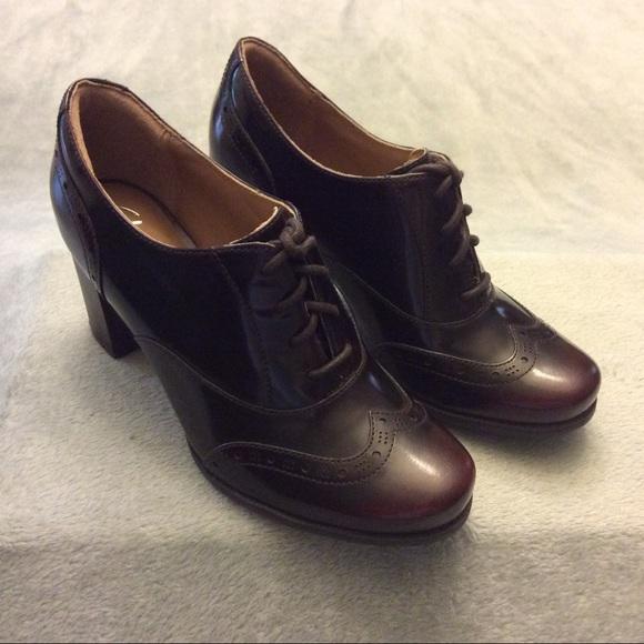 New Clark Ciera Brine Burgundy Oxford Lace Up Shoe NWT